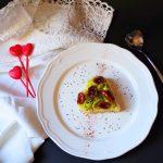 Cuore di Cous Cous piccante con porri e pomodorini secchi