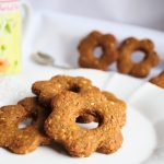 Biscotti integrali con miele e arancia