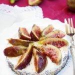 Cheesecake salata con fichi