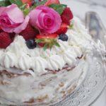 Naked Cake ai frutti rossi